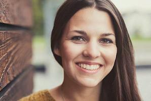 Laura Jakober thumbnail